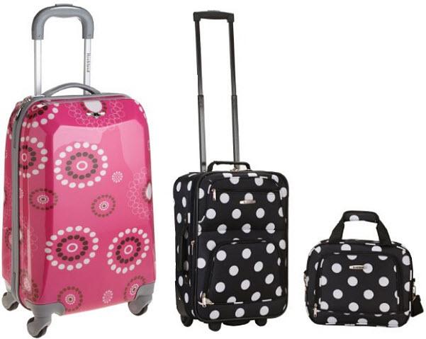 girls-rolling-luggage