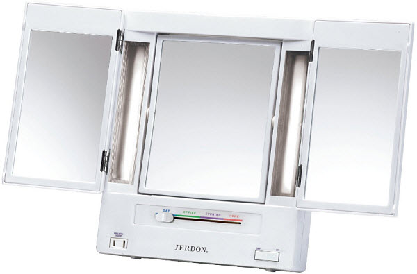 portable-lighted-makeup-mirror