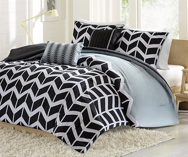Black and white chevron bedding pictured: Intelligent Design Nadia ...